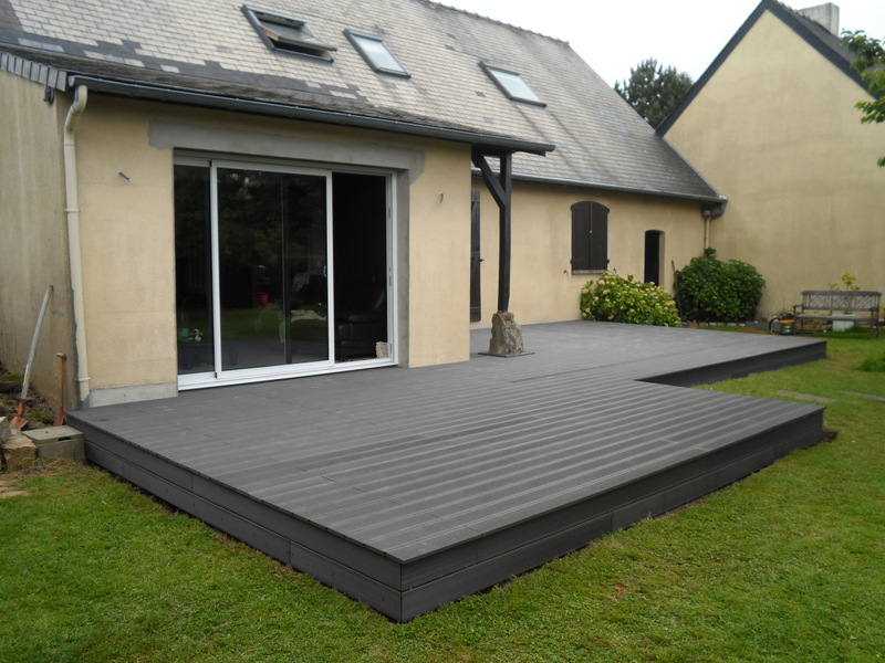 pose terrasse en composite coloris gris anthracite