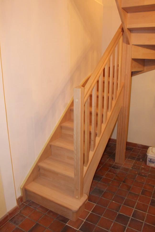 Fourniture et pose d'un escalier